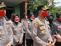 Polisi Wanita Polresta Tangerang Gelar Bakti Sosial