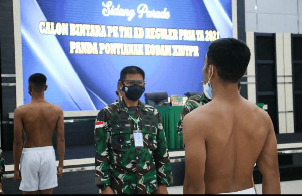 Siapkan Personel Profesional dan Unggul, Pangdam XII/Tpr Pimpin Sidang Parade Tingkat Panda Caba PK TNI AD Pria TA 2021