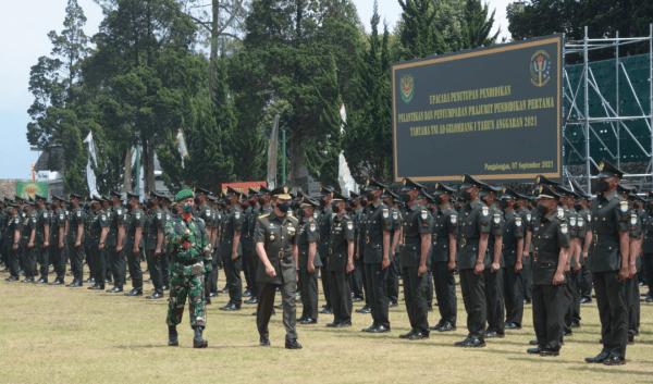 Kasdam III/Slw Lantik Dan Sumpah 550 Prajurit Muda di Pangalengan
