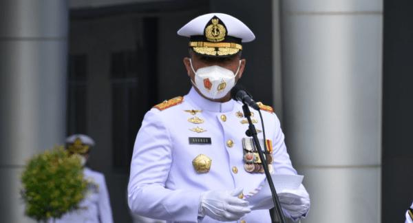 Upacara Peringatan HUT TNI AL Ke-76 di Kampus Prajurit Teknokrat STTAL
