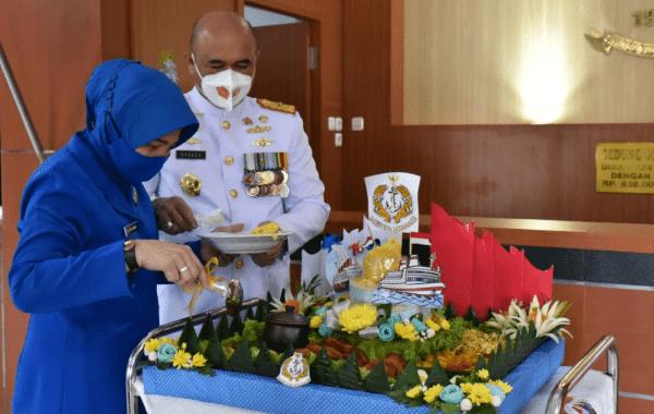 Tasyakuran HUT TNI AL Ke-76 di Kampus Prajurit Teknokrat STTAL