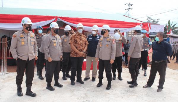 Tinjau Pembangunan Labfor di Kubu Raya, Aslog Kapolri Tegaskan Pembangunan Harus Sesuai Dengan Anggaran Yang Dikelurkan