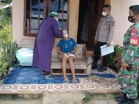 Babinsa Bersama Bhabinkamtibmas Dampingi Nakes Tracing Kontak Erat Pasien Positif Covid -19
