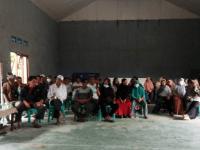 Desak Kades Sungai Kunyit Dalam Lengser, Warga Aksi Mosi Tidak Percaya