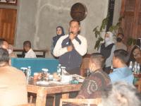 Ngariung Pangdam III/Siliwangi Sareng Insan Media, Di Kafe & Resto Kalaras