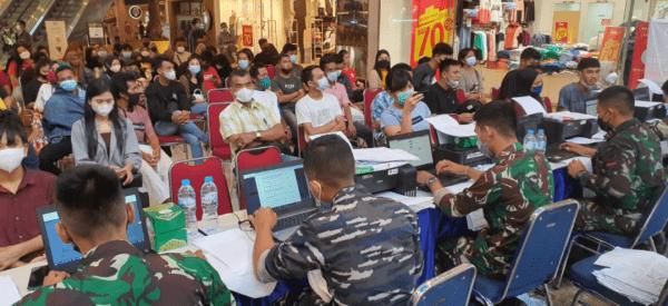 TNI AL LANTAMAL XII PEDULI DENGAN TERUS DUKUNG SERBUAN VAKSINASI COVID-19 DI WILAYAH KALIMANTAN BARAT