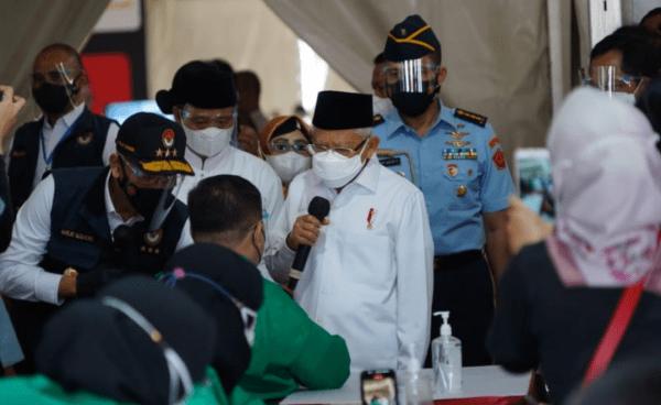 Wapres RI Tinjau Vaksinasi Disambut Pangdam III/Slw