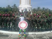 Peringati HUT Ke-76 TNI, Danrem 121/ Abw, Pimpin Ziarah ke Taman Makam Pahlawan Mempawah