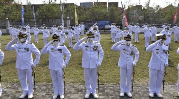 Civitas Akademika STTAL ikuti Upacara HUT TNI Ke-76 Tahun 2021