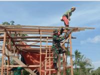 Upaya Babinsa Desa Pasir, Tampak Berdiri Kerangka Bangunan RTLH, Milik Edi Suhardi