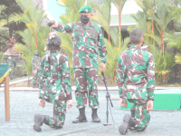 Tingkatkan Militansi Prajurit, Kasdam XII/Tpr Pimpin Acara Tradisi Penerimaan Warga Baru