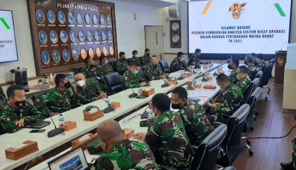 Dosen Teknokrat STTAL Nara Sumber di Mabes TNI AD