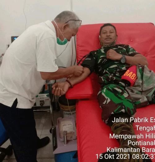 Babinsa Koramil Mempawah Hilir, Donor Darahnya : Bantu Warga Hemoglobin Rendah