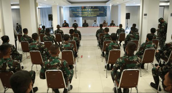 Kapolresta Tangerang Dampingi Danrem Wijayakrama Sambut Kedatangan Tenaga Kesehatan Dari Mabes TNI